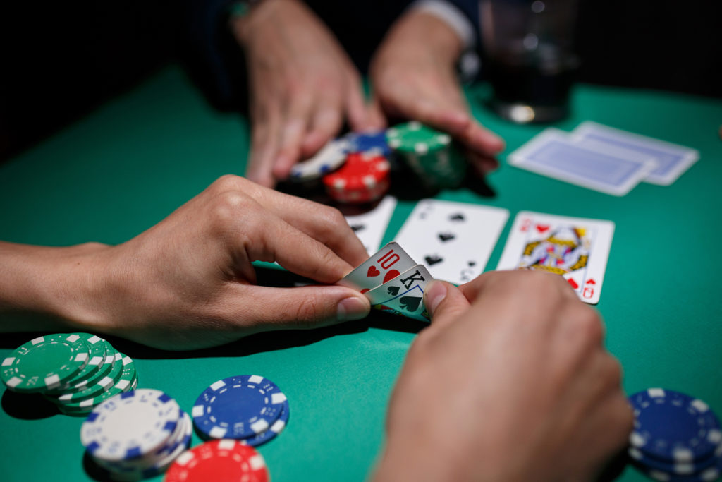 Four Solid Causes To Keep away from Top Sports Betting.